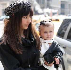 Jessica Alba porta sua figlia a NYC