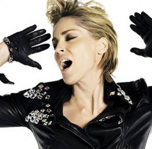 Sharon Stone inarrestabile