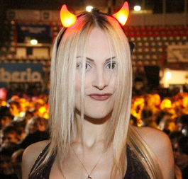 Noemi Letizia diavoletta