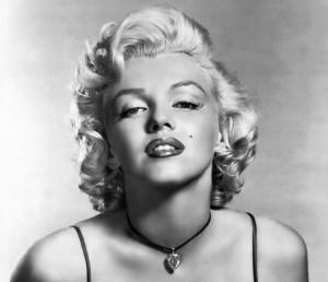 Il torace di Marilyn come non l'avete mai visto