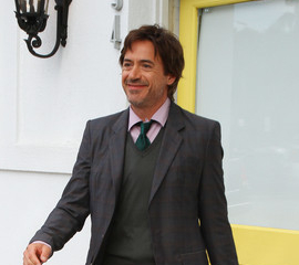 Robert Downey Jr. si fa bello