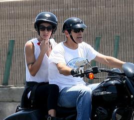 George ed Eli sulle strade della California