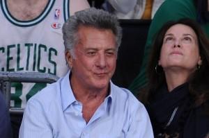 Bacio gay per Dustin Hoffman