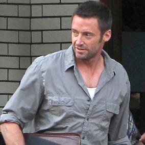 Anche Hugh con la magica tavoletta