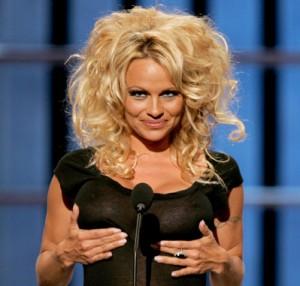 Pamela Anderson e il fortunato fan