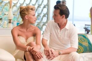 Johnny Depp si dà al rum