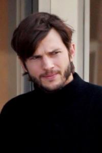 Jobs: Get Inspired, le prime immagini di Ashton Kutcher