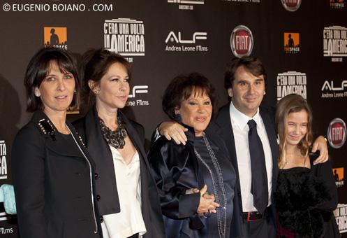 La famiglia Leone alla presentazione di C'era una volta in America oggi a Roma
