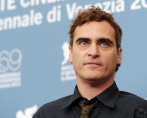 """Joaquin Phoenix: """"I premi sono una stronzata""""."""