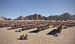 Il cinema abbandonato nel deserto egiziano