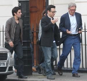 Harrison Ford, J.J. Abrams e Oscar Isaac per le strade di Londra