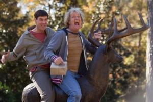 Jim Carrey e Jeff Daniels nel primo trailer di Scemo & + Scemo 2