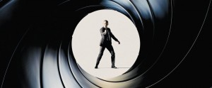 Bond 24 tra le strade di Roma e la Reggia di Caserta