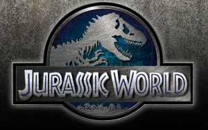 Jurassic World: ecco il primo trailer ufficiale