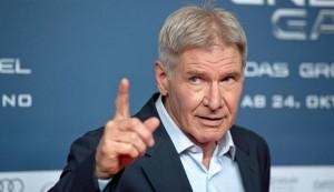 Harrison Ford dimesso dall'ospedale dopo l'incidente aereo