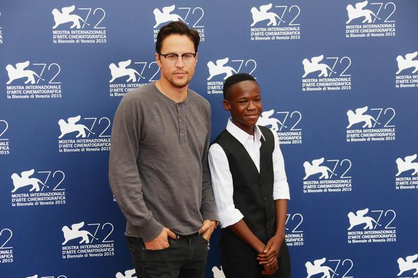 Il regista Cary Fukunaga e Abraham Attah