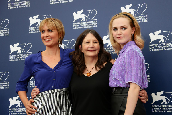 Radha Mitchell, Sue Brooks e Odessa Young - Looking for Grace