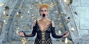 Il Cacciatore e La Regina di Ghiaccio, il trailer italiano