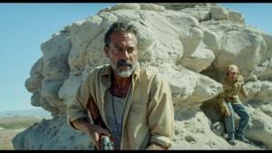 Gael García Bernal e Jeffrey Dean Morgan nel trailer di Desierto