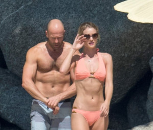 Vacanze thai per Jason Statham e Rosie Huntington-Whiteley