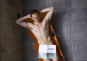 Tom Hiddleston senza veli nel trailer di High-Rise