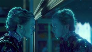 Alice Attraverso lo Specchio, il nuovo trailer
