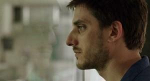 Luca Marinelli nel trailer di Il padre d'Italia