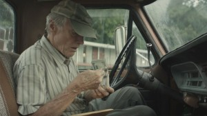 Il Corriere – The Mule, il trailer del film diretto e interpretato da Clint Eastwood